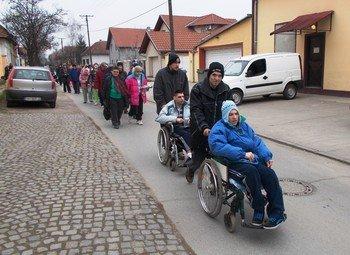 A szervezet napközis foglalkozásai keretében jelenleg huszonegy értelmi fogyatékos személlyel foglalkoznak